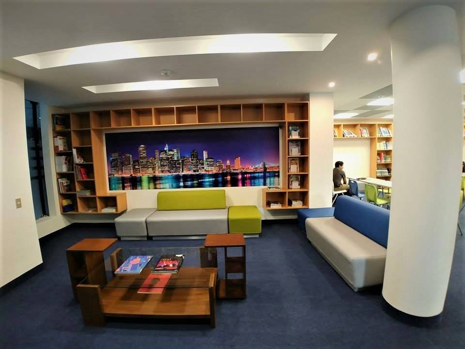 Biblioteca ICPNA MIRAFLORES
